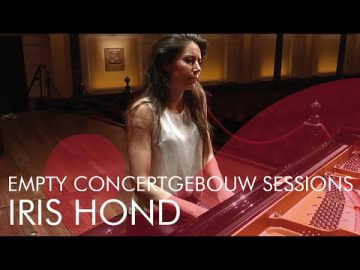 Iris Hond plays Einaudi - Empty Concertgebouw Sessions